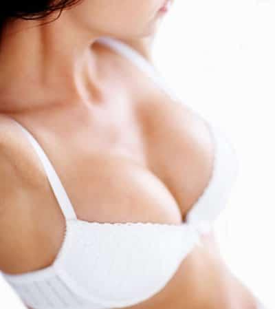Brustvergrößerung mit Silikon-Implantaten: Eine Frage der Leere?